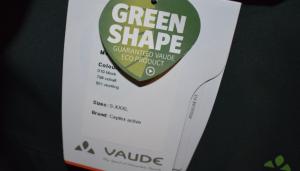 Kundenkriterien: Funktionalität, wie schaut es aus, umwelt- und körperverträgliche Materialien, Preis, usw. ECO VAUDE Produkt - Urs hätte das gerne aber kleiner :-)