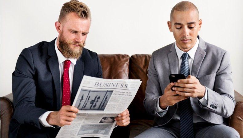 Wie erreichen wir unsere Abonnenten: Zeit, Ort (Büro, Fahrt zu/von Arbeit, zu Hause). Lesen diese Newsletter auf PC oder Handy?